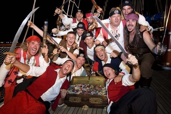 Pirates Omiš town