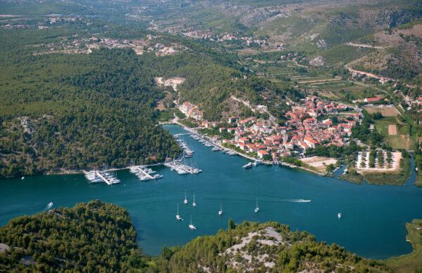 boat tour to krka